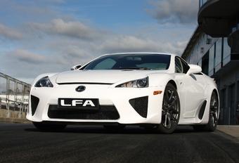 Pas assez de Lexus LFA #1