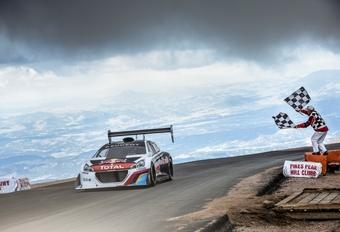 Knap resultaat voor Loeb en Peugeot op Pikes Peak #1