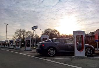 Superchargers van Tesla in Aartselaar, Gent en Nijvel #1