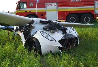 La voiture volante Aeromobil se crashe #1