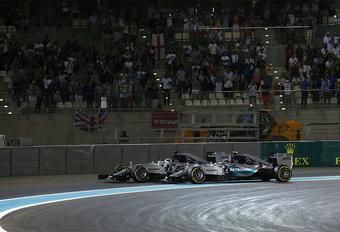 Mercedes-baas: 'Hamilton en Rosberg moeten stoppen met ruziemaken' #1