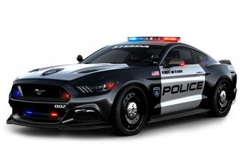 Police-pakket transformeert Ford Mustang in 777 pk sterke Interceptor #1