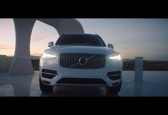 Volvo wordt opgeladen door andere auto's #1