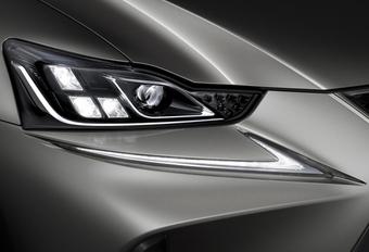 Zo anders is de vernieuwde Lexus IS #1