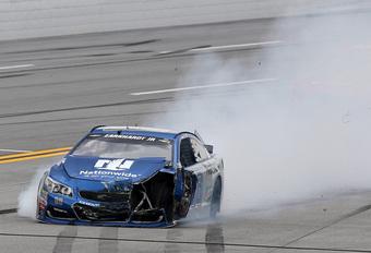 Video: De NASCAR-crashes van Talladega 2016, dit moet je zien! #1