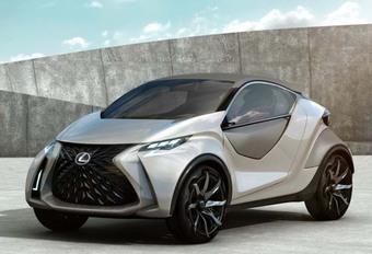 Lexus: cross-over vervangt binnenkort CT200h  #1