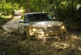 Land Rover ontwikkelt zelfrijdende terreinwagen