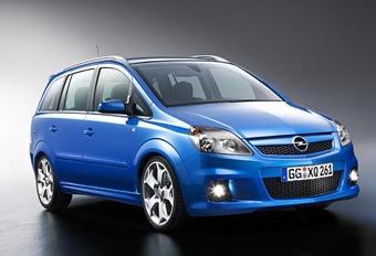 Opel Zafira OPC #1