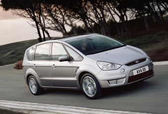 Ford S-Max #1