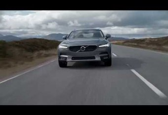 Volvo V90 Cross Country dans les paysages sauvages #1