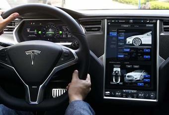 Tesla update 8.0: officieel #1