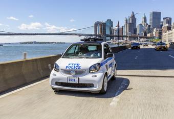 Politie New York krijgt 250 Smarts #1