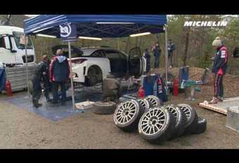 Thierry Neuville test zijn racewagen voor Monte Carlo #1