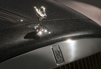 Rolls-Royce à Genève : peinture diamant et artiste belge #1