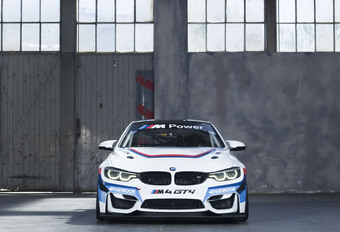 Hoe verander je een BMW M4 in een GT4-racer? #1