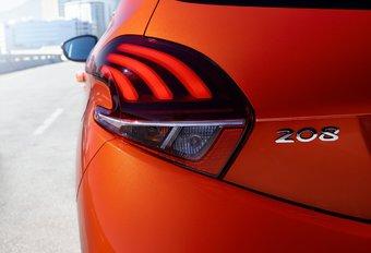 Peugeot 208 en DS 3 Crossback geëlektrificeerd  #1