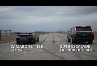Cadillac Escalade neemt het op tegen Chevrolet Camaro ZL1 LE #1
