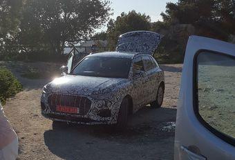 Audi Q3 toont voorkant #1