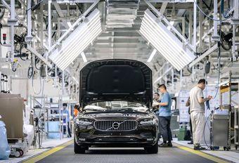 La guerre commerciale retarde l'entrée en Bourse de Volvo #1