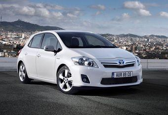 Toyota rappelle ses hybrides Auris et Prius #1