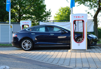 Tesla: Superchargers in heel Europa #1