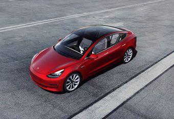 Une Tesla Model 3 avec une autonomie de 150 km ! #1