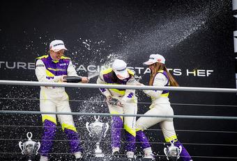 Chadwick wint eerste W Series-race, Schiff 14e #1