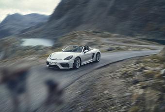Porsche 718 Spyder is manueel, open en atmosferisch #1