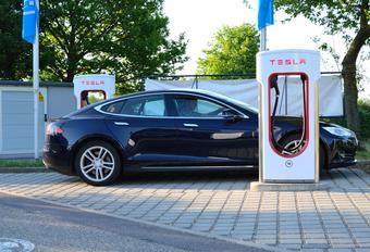 Le retour de la supercharge gratuite chez Tesla #1