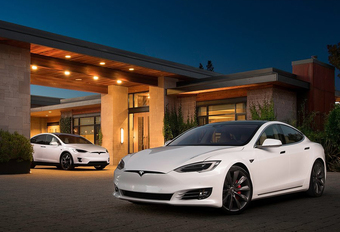 Tesla stopt met onbeperkte garantie op batterijen #1