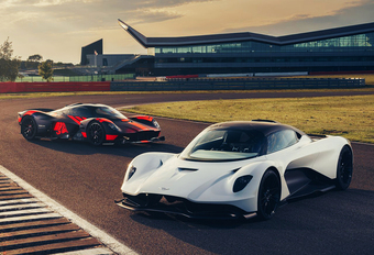 Mercedes F1-baas Toto Wolff investeert in Aston Martin #1