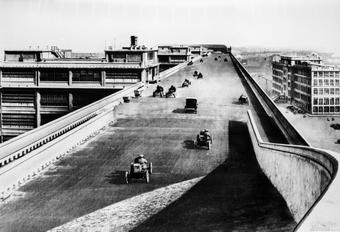 Wist je nog? Er waren 3 autofabrieken met een testbaan op het dak #1