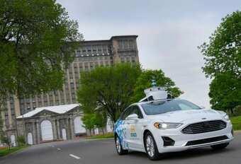Ford en perte retarde la voiture autonome #1