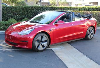 Deze Tesla Model 3 Cabrio bestaat echt. Sorry #1