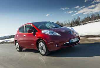 Throwback: Nissan Leaf (2010 - 2017) #1