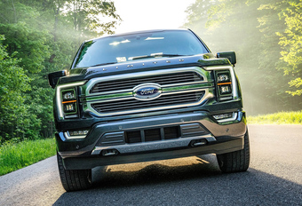 Ford F-150 : disponible en hybride #1
