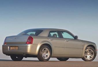 Chrysler 300C HEMI V8 #1