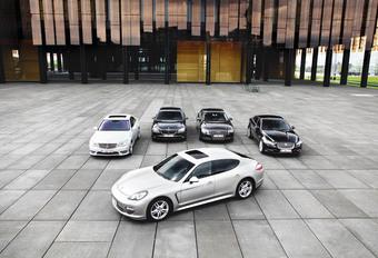 Audi A8 3.0 TDI Quattro, BMW 730d, Jaguar XJ 3.0D, Mercedes S 350 BlueTec en Porsche Panamera Diesel : De CO2 van de CEO #1