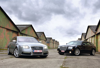 AUDI S6 AVANT • CHRYSLER 300C TOURING SRT-8 : Fast Delivery #1