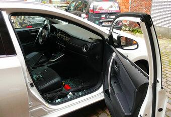 LANGEDUURTEST: Toyota Auris Touring Sports Hybrid (2) #1