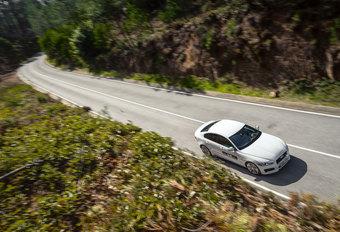 Jaguar XE 3.0 V6 S (2015) #1