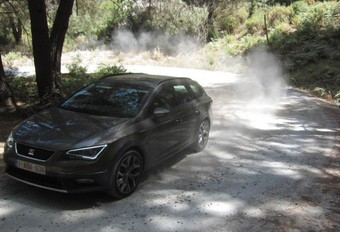 SEAT LEON X-PERIENCE - Floppers #1