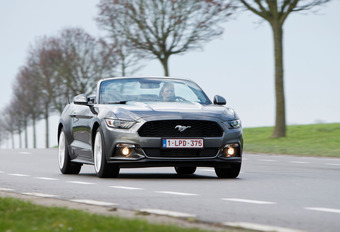 Ford Mustang Convertible 2.3 EcoBoost : À air comprimé #1