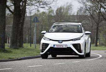 Toyota Mirai : gonflée à l'hydrogène #1