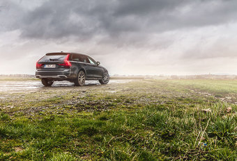 VOLVO V90 CROSS COUNTRY D5 : Landmacht #1