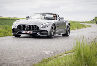 Mercedes-AMG GT C Roadster : Brushing express #1