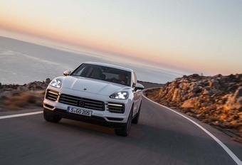 Porsche Cayenne : Pavillon de complaisance #1