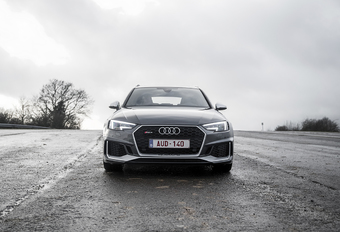 Audi RS 4 Avant : Break de course #1
