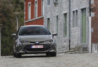 Toyota Corolla 1.8 Hybride : Adieu grijze muis #1