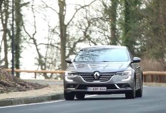 De Renault Laguna is door, leve de Talisman? AutoWereld doet de test.